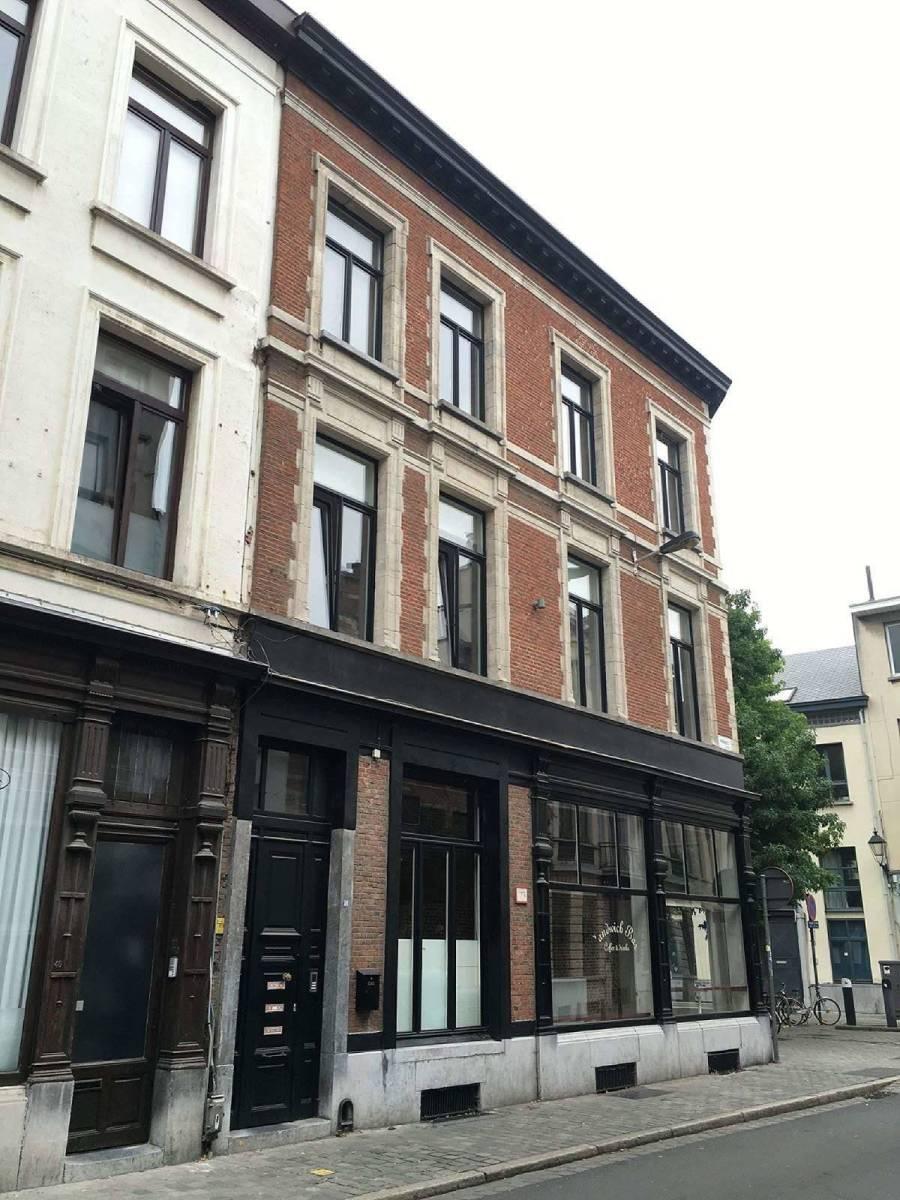 Karaktervol hoekpand met veel potentieel in het hartje van Antwerpen! afbeelding 2