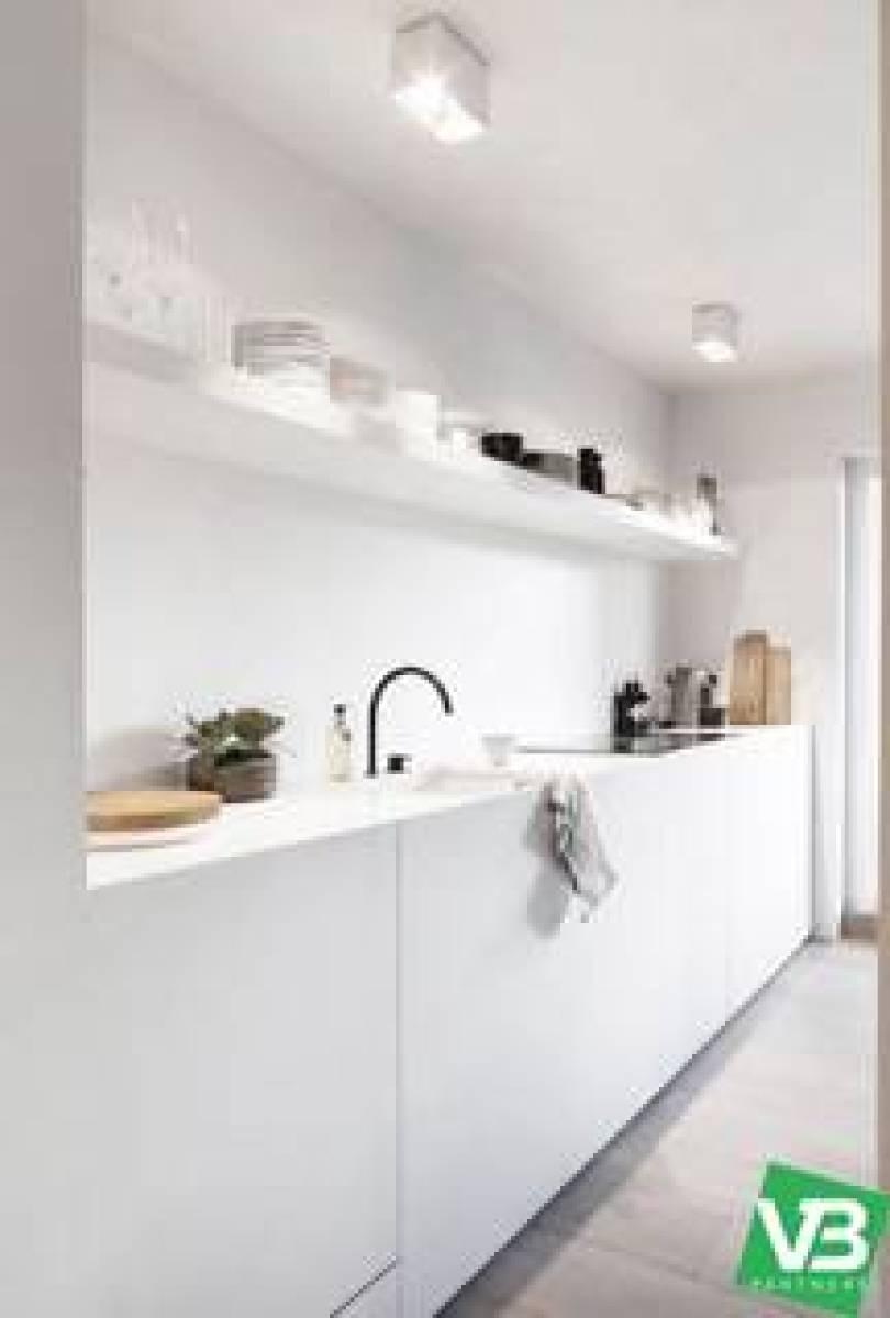 Prachtig gelijkvloersappartement met tuin op gegeerde locatie! afbeelding 7
