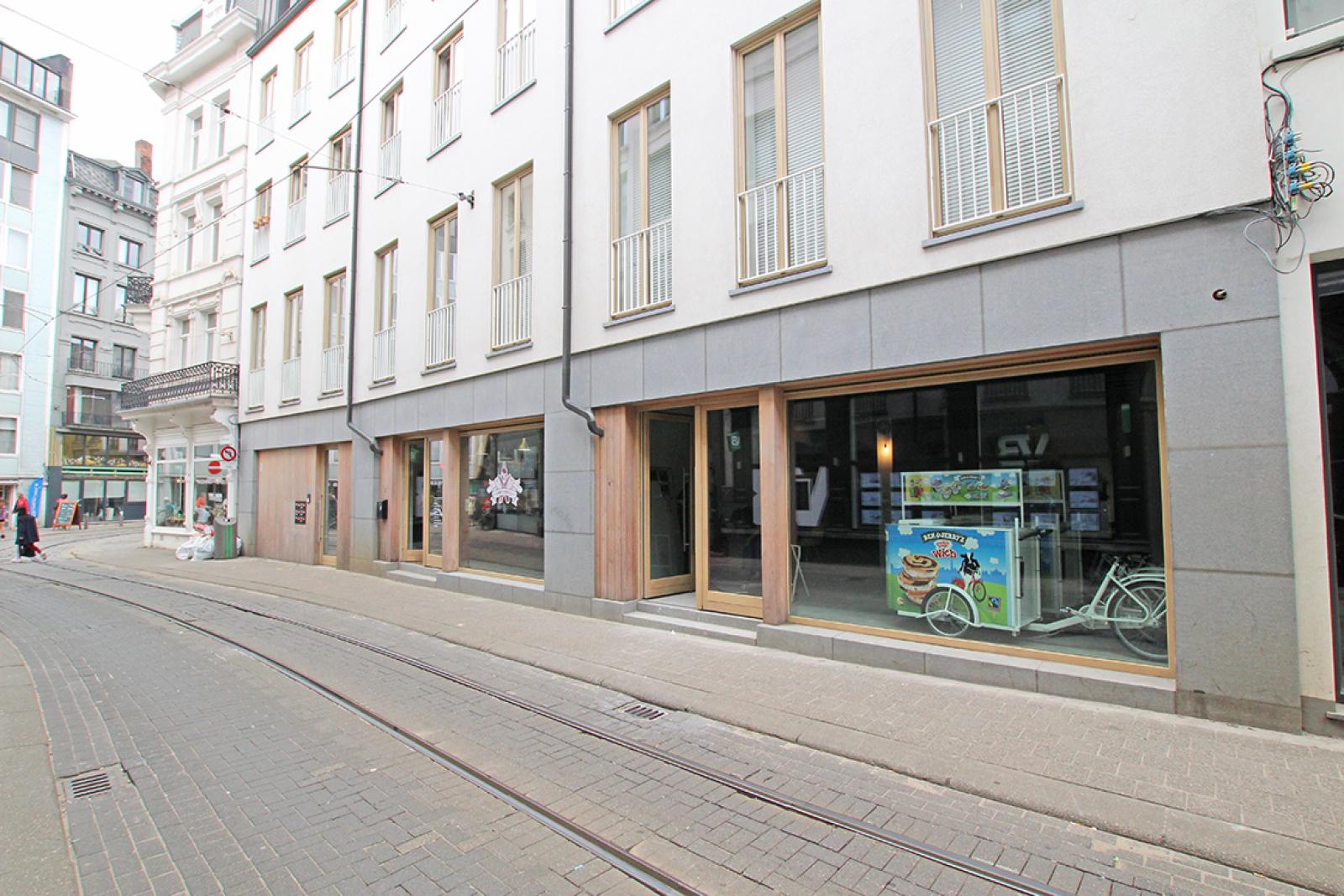 Handelsgelijkvloers op absolute toplocatie in het commerciële hart van Antwerpen! afbeelding 4