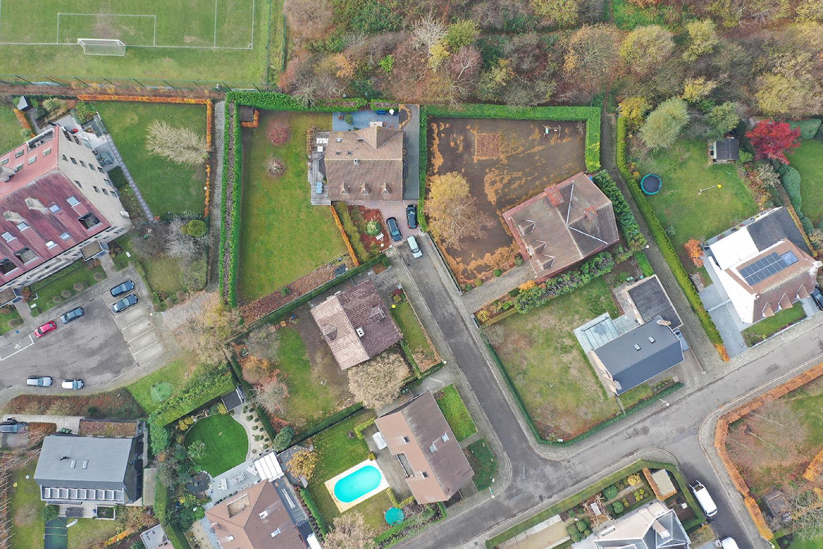 Stijlvolle landelijke villa op een perceel van 1.107 m² in een zeer gegeerd doodlopend straatje te Linkeroever! afbeelding 37
