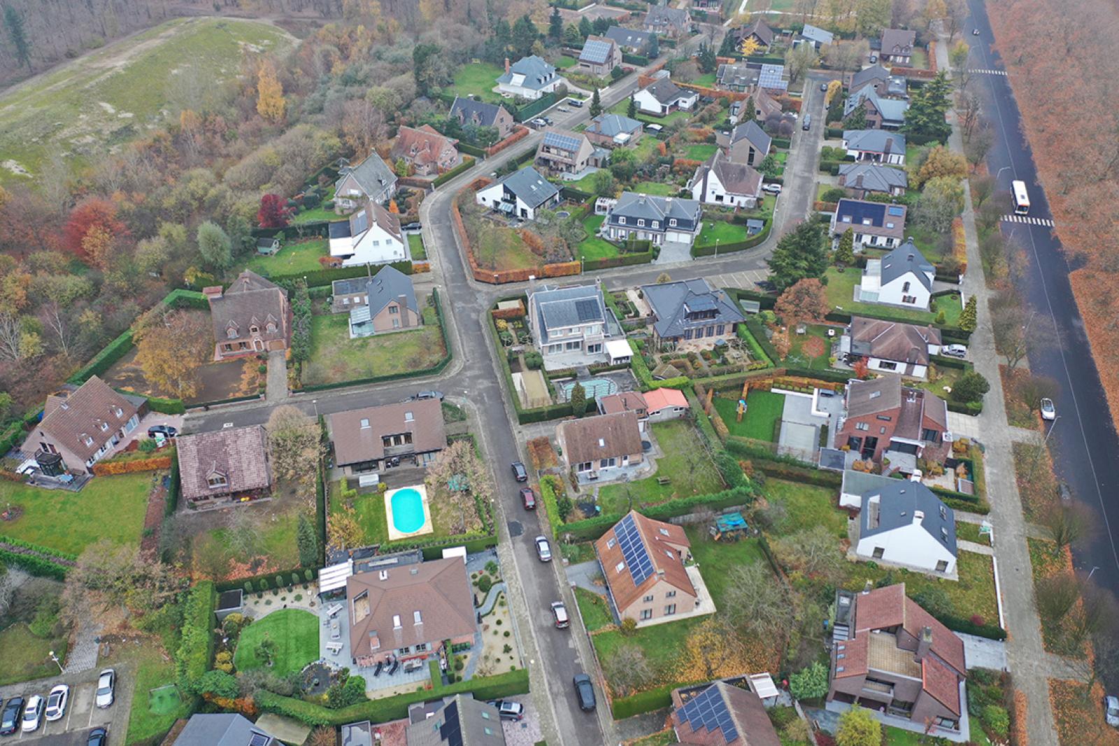 Stijlvolle landelijke villa op een perceel van 1.107 m² in een zeer gegeerd doodlopend straatje te Linkeroever! afbeelding 35