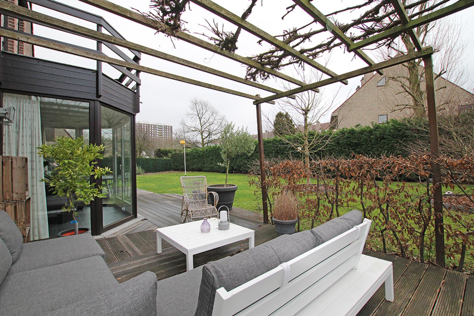 Stijlvolle landelijke villa op een perceel van 1.107 m² in een zeer gegeerd doodlopend straatje te Linkeroever! afbeelding 22