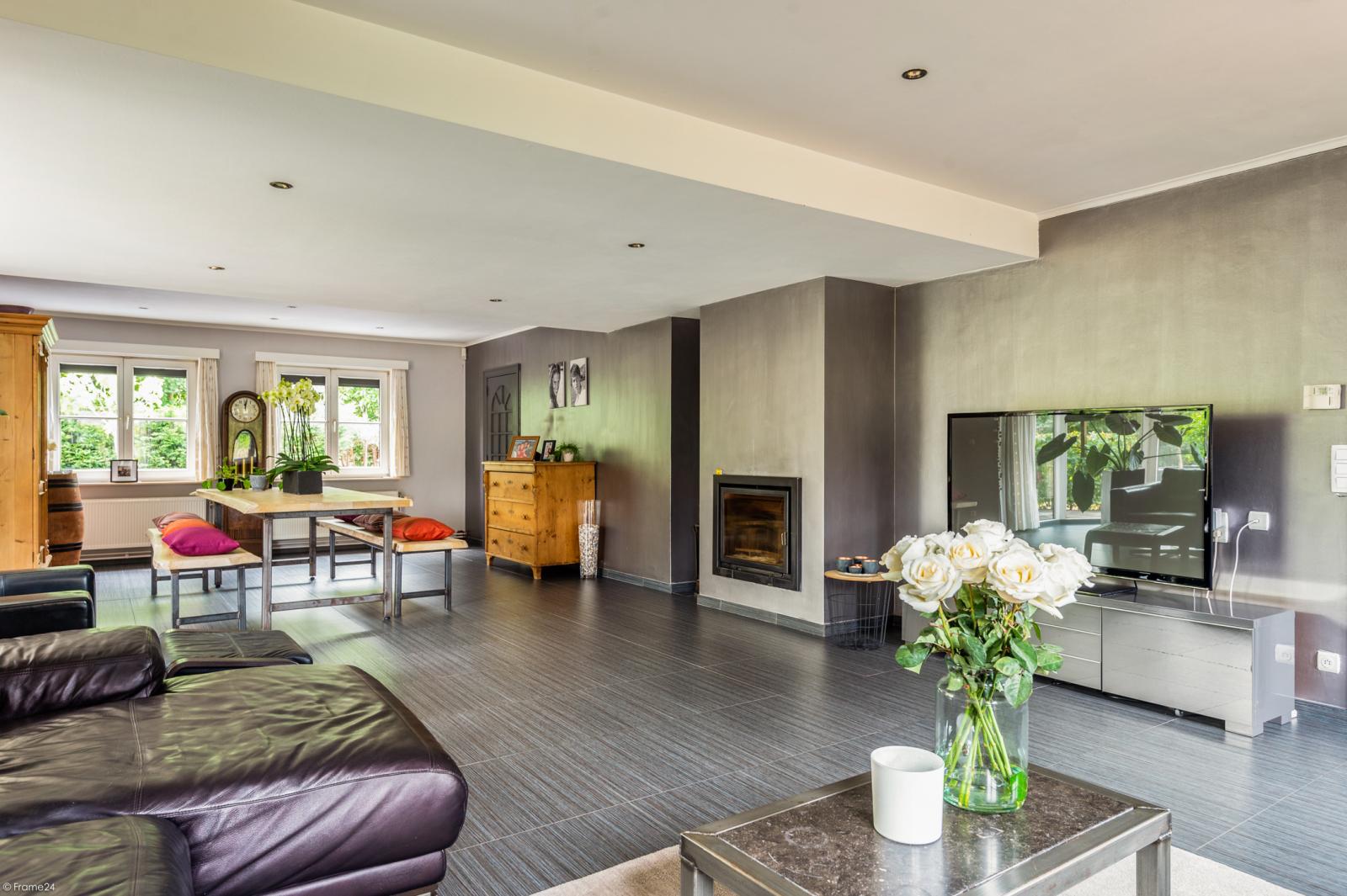 Stijlvolle landelijke villa op een perceel van 1.107 m² in een zeer gegeerd doodlopend straatje te Linkeroever! afbeelding 10