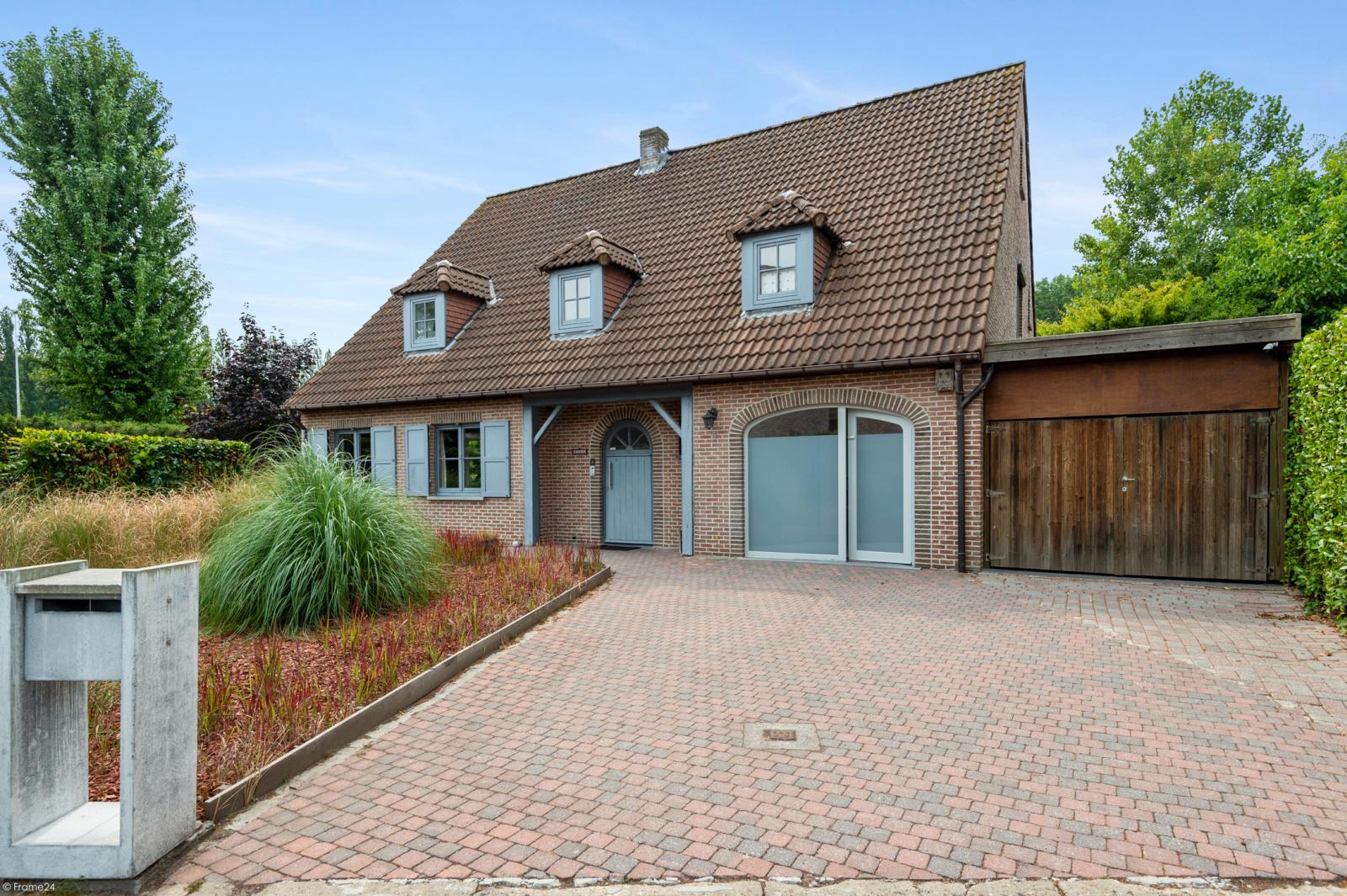 Stijlvolle landelijke villa op een perceel van 1.107 m² in een zeer gegeerd doodlopend straatje te Linkeroever! afbeelding 31