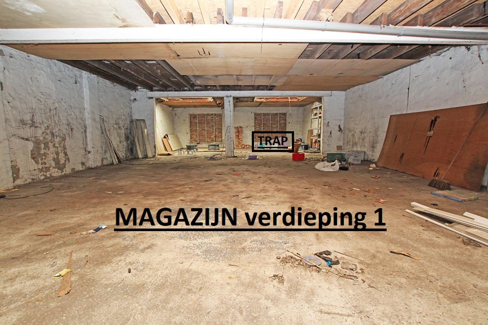 Zeer groot magazijn/garage (+/- 350 m²) op centrale locatie te Schoten! afbeelding 4