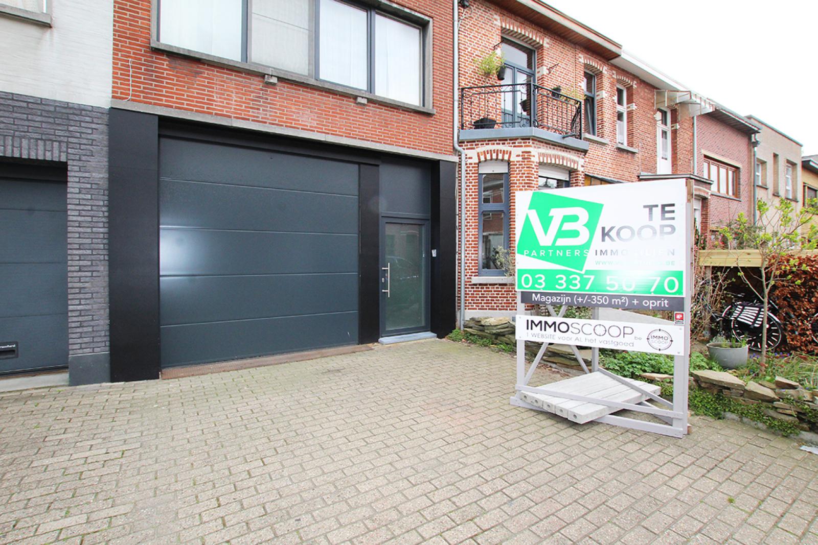 Zeer groot magazijn/garage (+/- 350 m²) op centrale locatie te Schoten! afbeelding 15