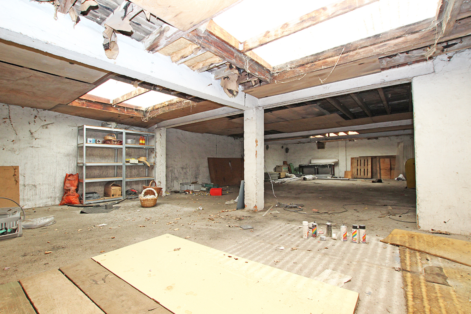 Zeer groot magazijn/garage (+/- 350 m²) op centrale locatie te Schoten! afbeelding 10