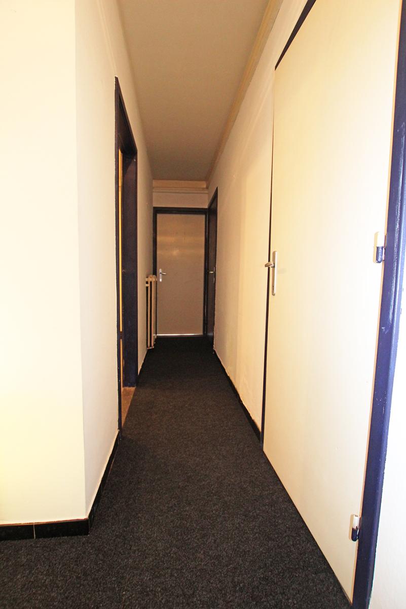 Te renoveren appartement met drie slaapkamers op centrale locatie te Deurne! afbeelding 8