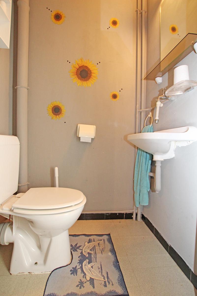 Te renoveren appartement met drie slaapkamers op centrale locatie te Deurne! afbeelding 9
