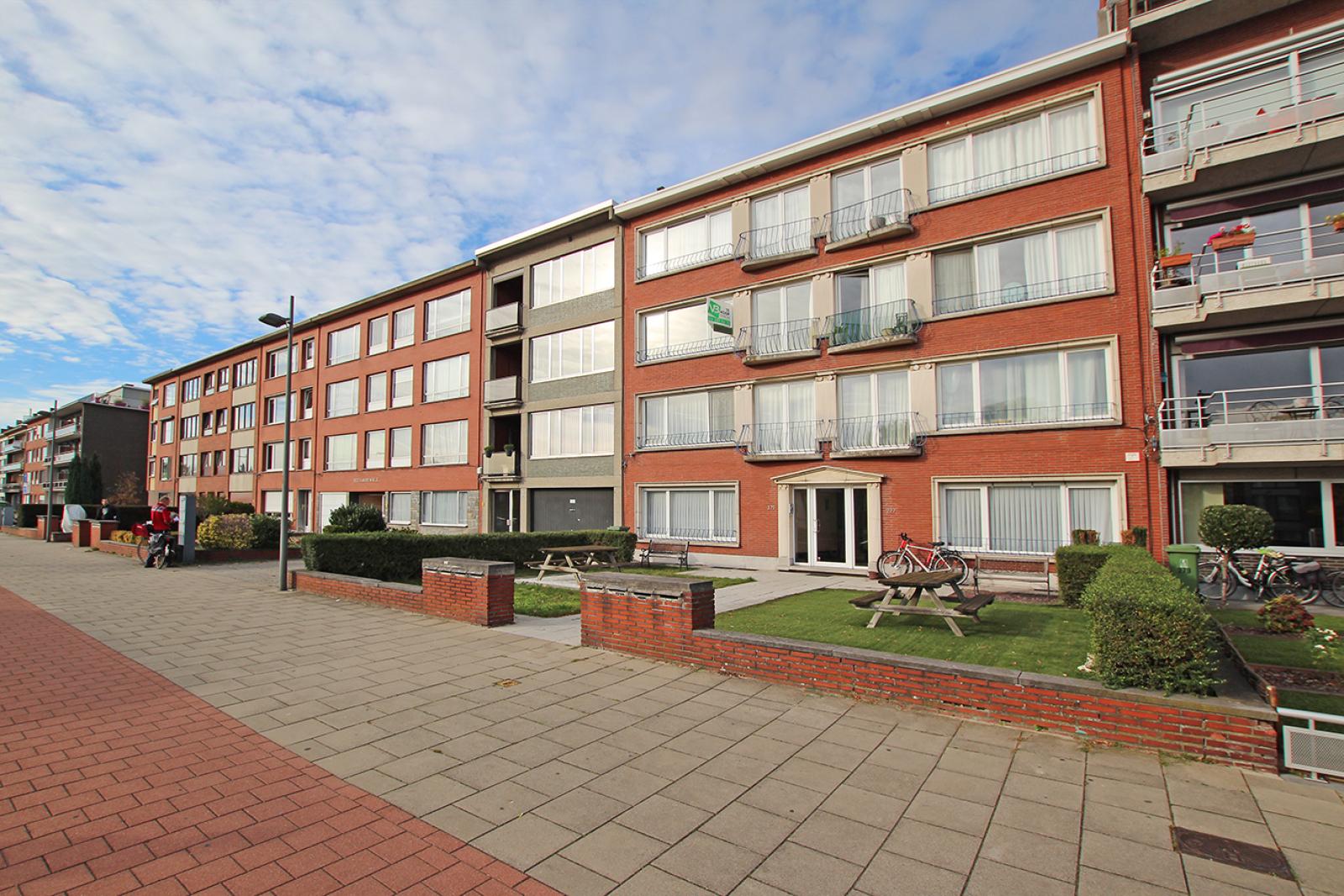Te renoveren appartement met drie slaapkamers op centrale locatie te Deurne! afbeelding 13