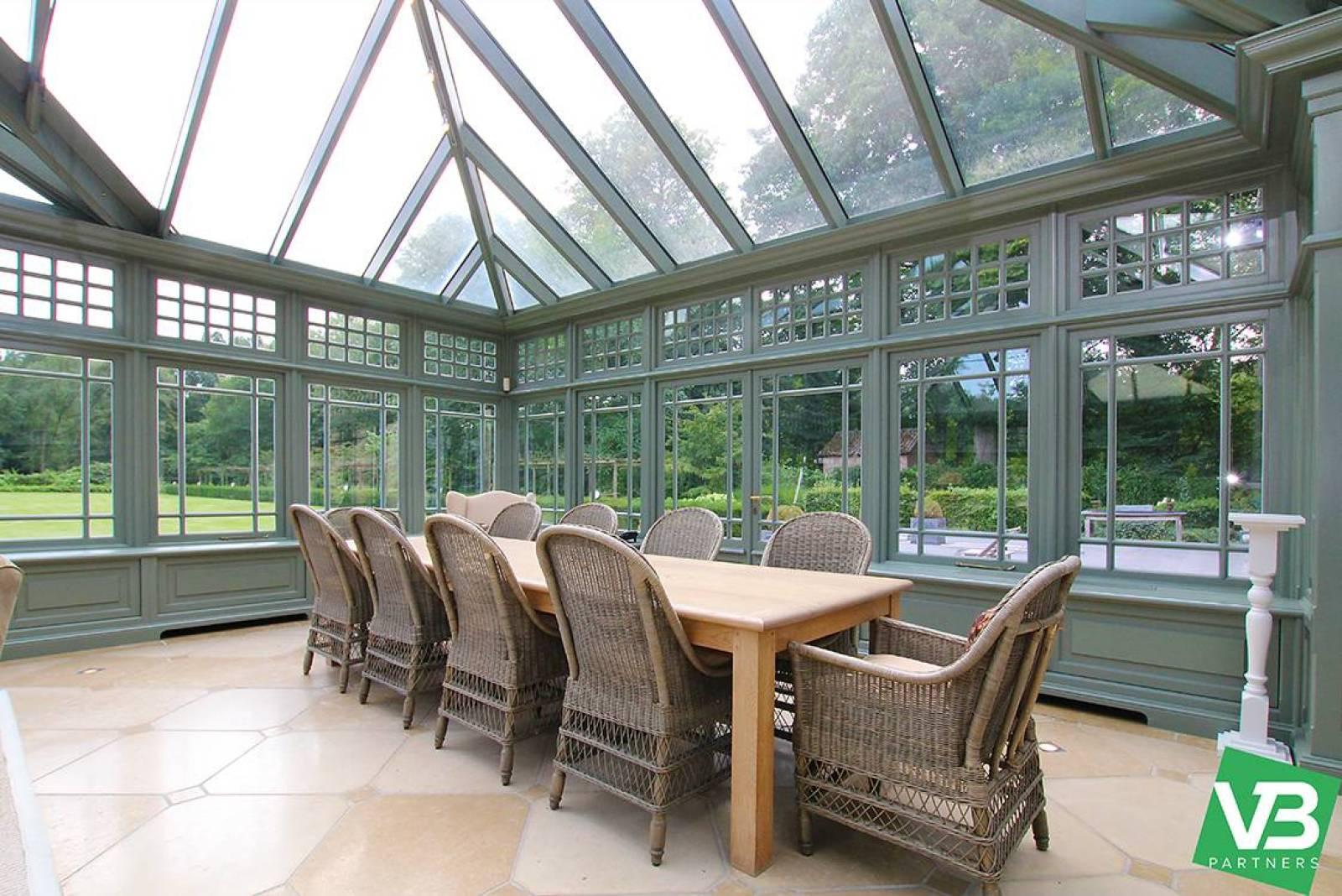 Prachtig domein met riante villa en zwembad op toplocatie te Schoten! afbeelding 19