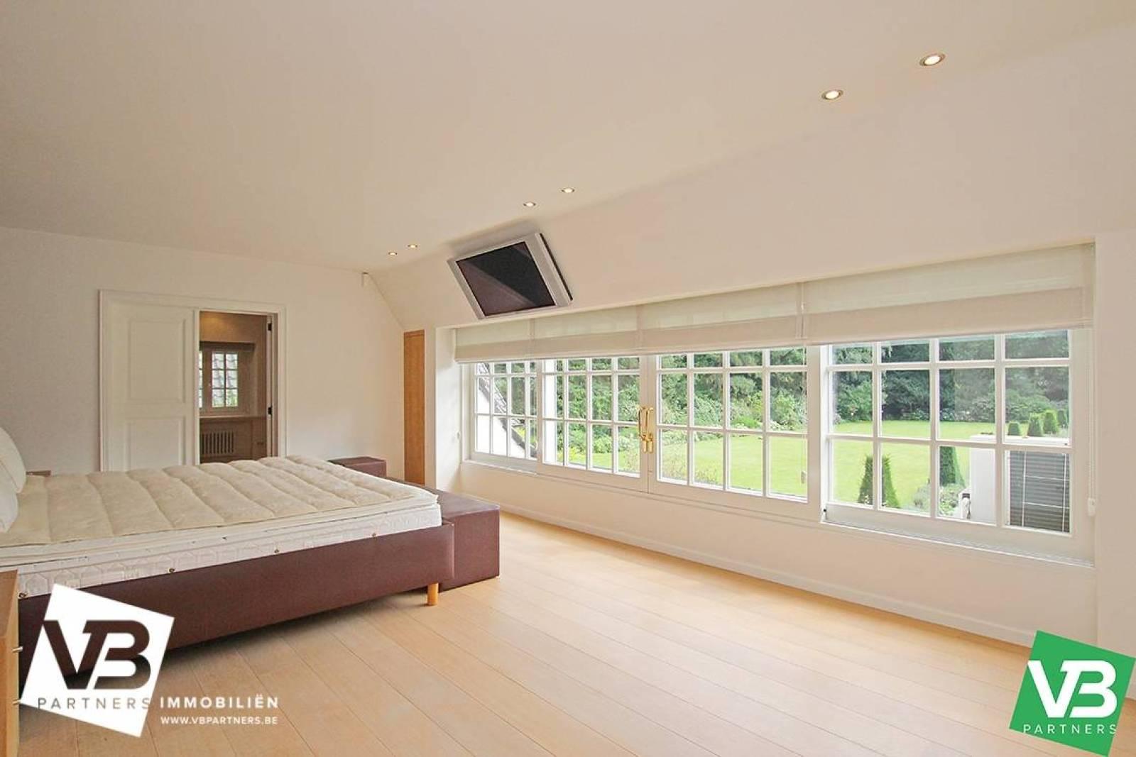 Prachtig domein met riante villa en zwembad op toplocatie te Schoten! afbeelding 45