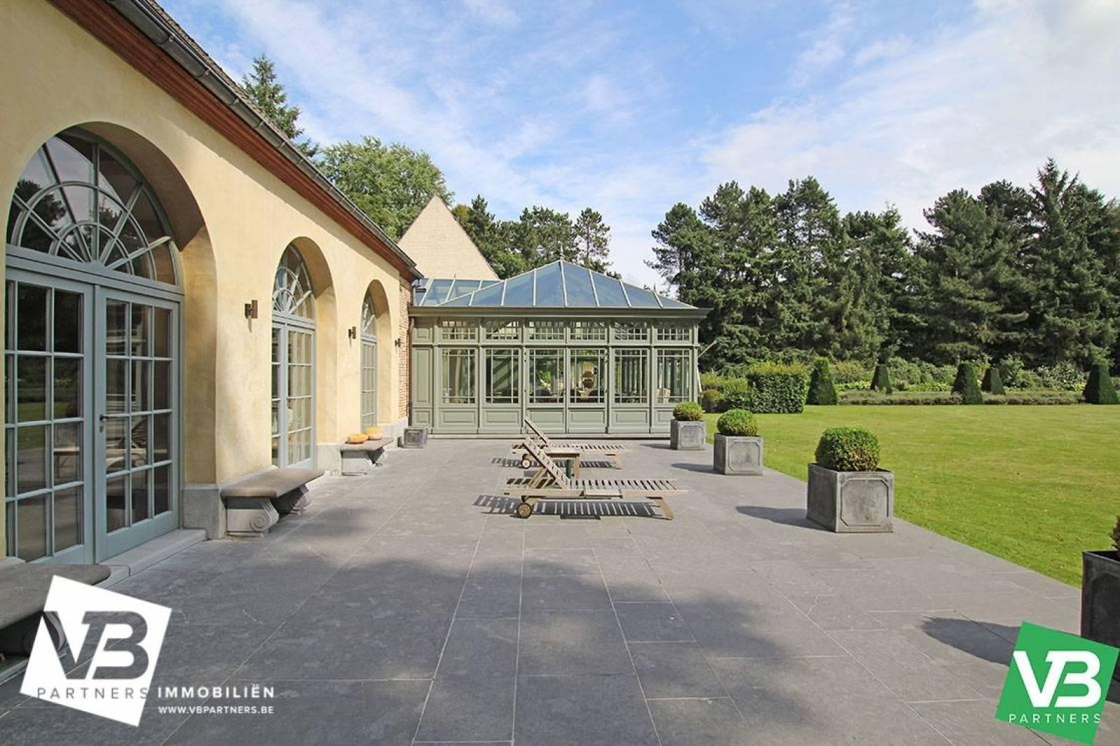 Prachtig domein met riante villa en zwembad op toplocatie te Schoten! afbeelding 51