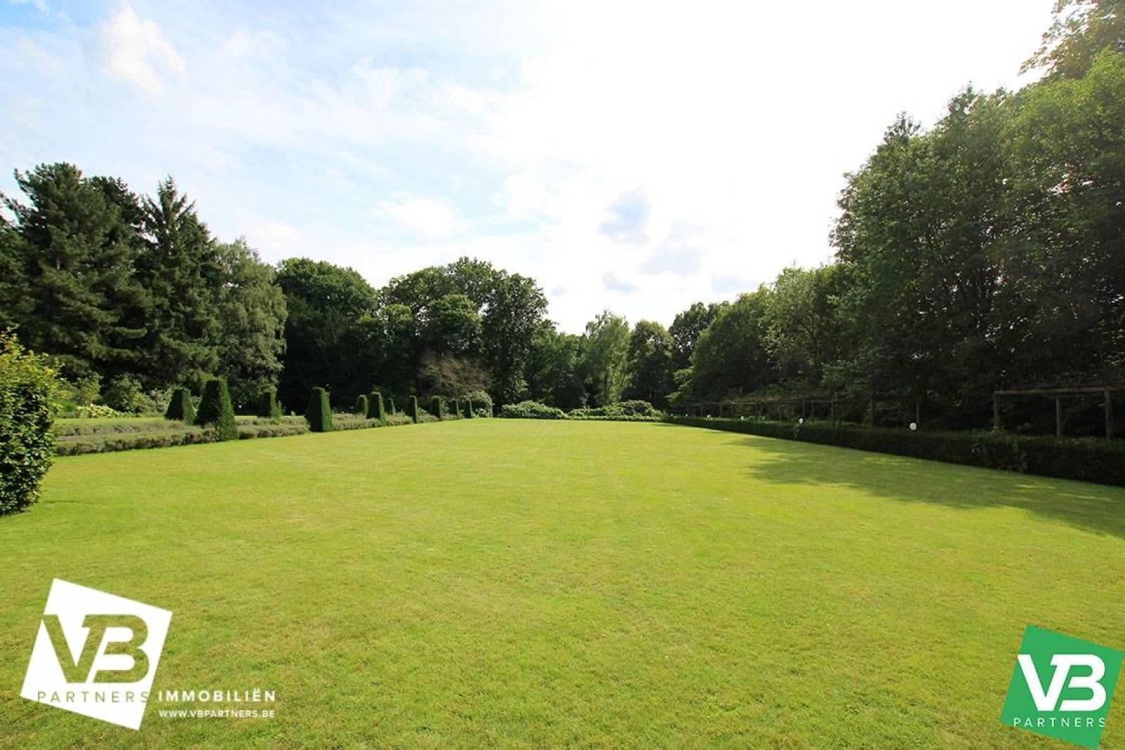 Prachtig domein met riante villa en zwembad op toplocatie te Schoten! afbeelding 53