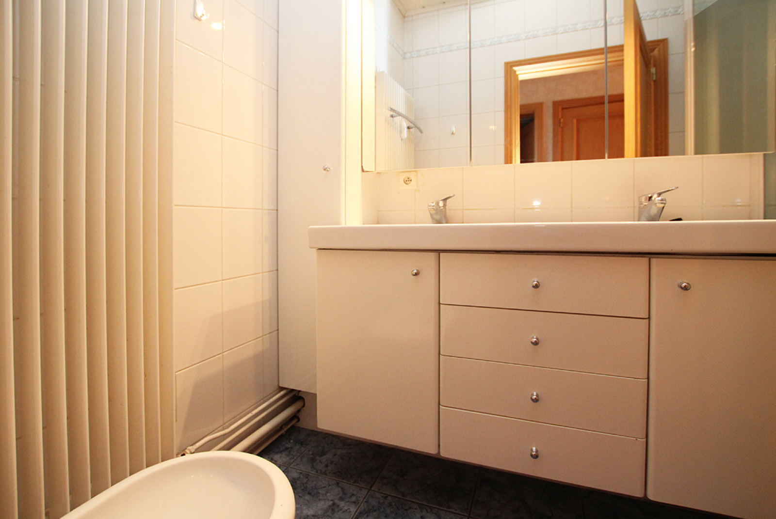 Zeer ruim op te frissen appartement in het centrum van Wijnegem. afbeelding 11