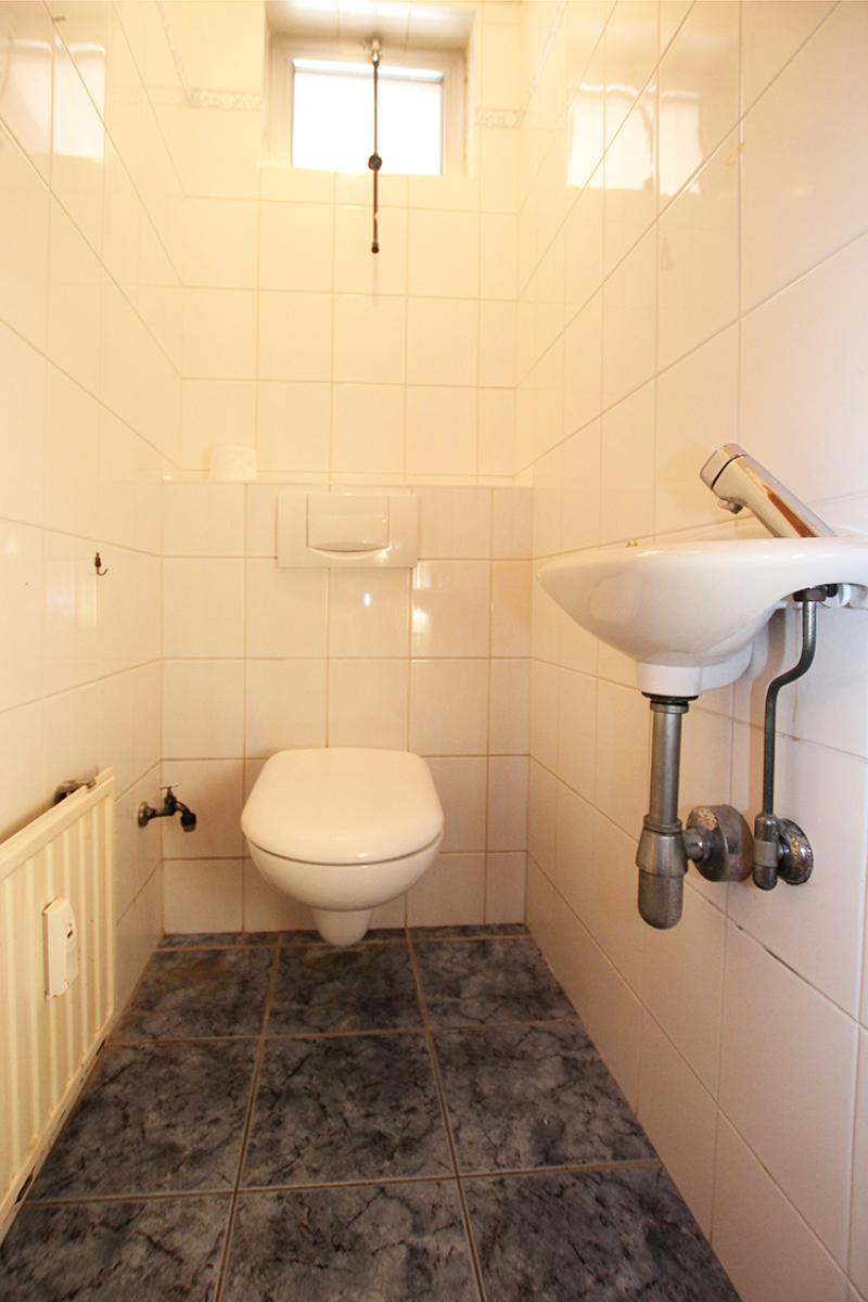 Zeer ruim op te frissen appartement in het centrum van Wijnegem. afbeelding 14