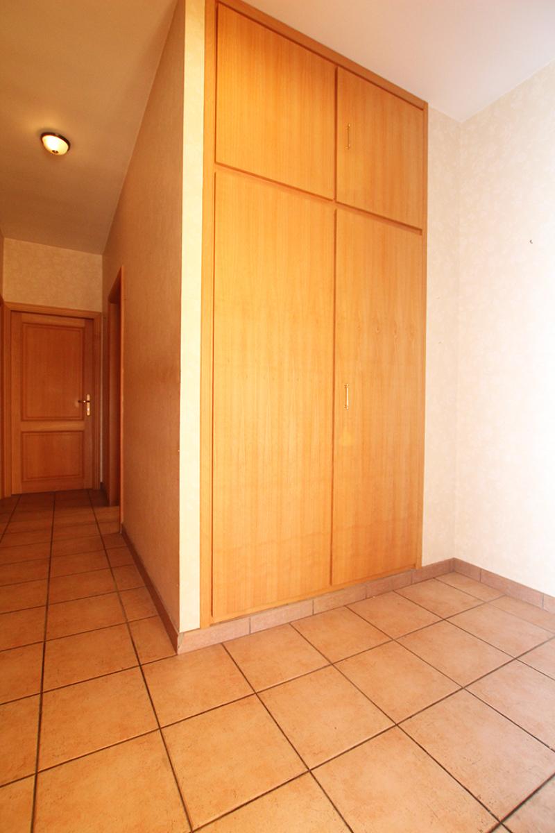 Zeer ruim op te frissen appartement in het centrum van Wijnegem. afbeelding 7