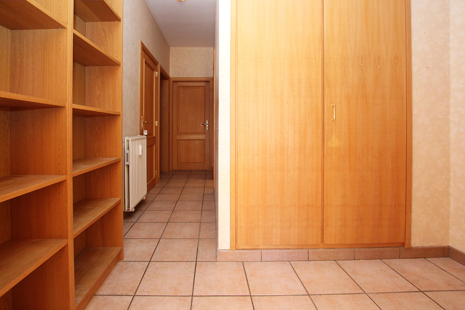 Zeer ruim op te frissen appartement in het centrum van Wijnegem. afbeelding 6