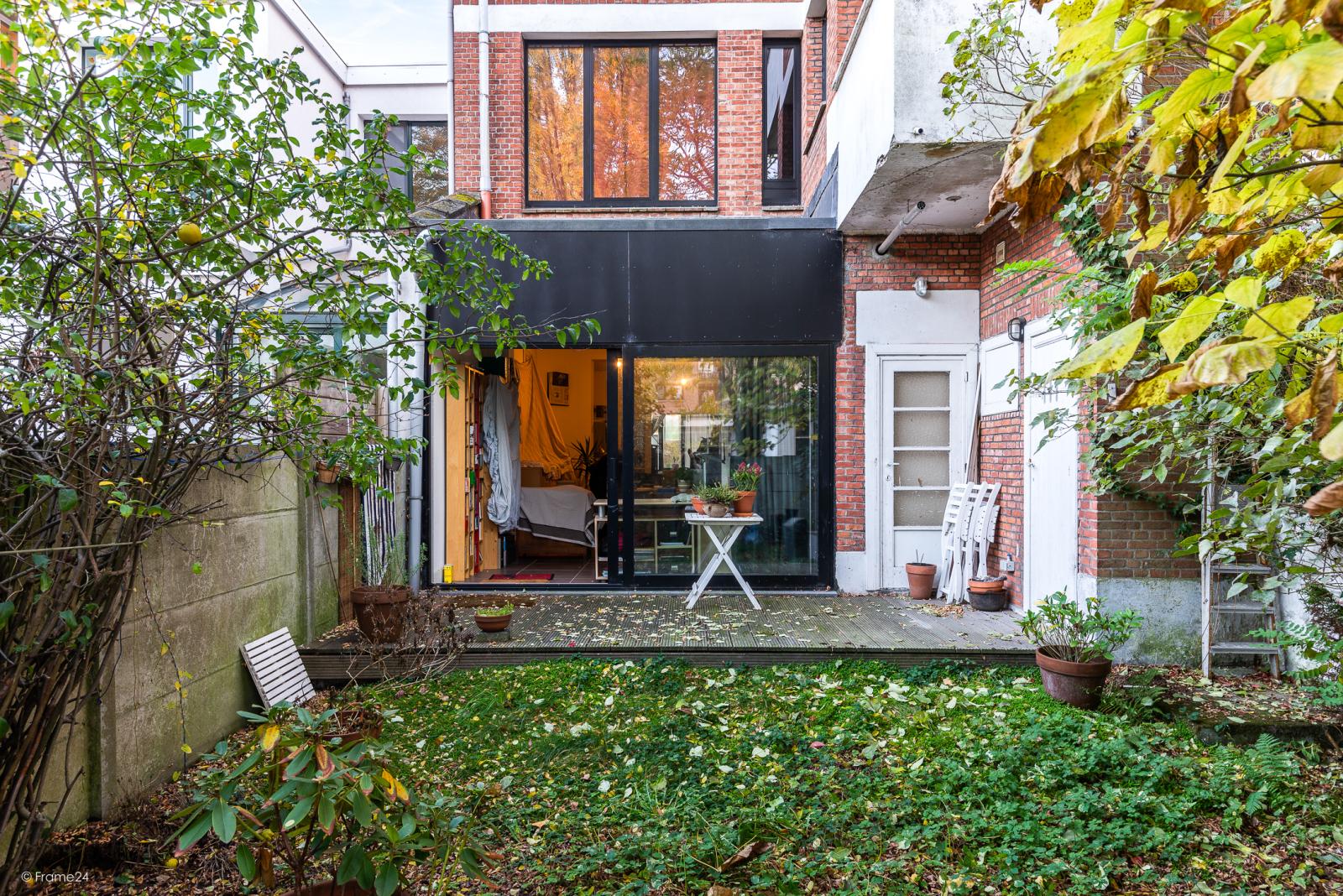Gelijkvloers appartement (80 m²) met één slaapkamer en gezellige tuin te Berchem! afbeelding 7