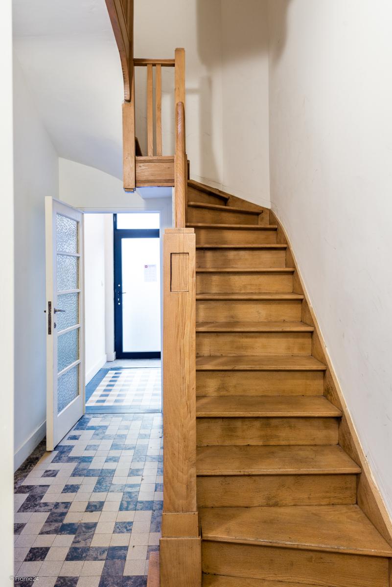 Gelijkvloers appartement (80 m²) met één slaapkamer en gezellige tuin te Berchem! afbeelding 9