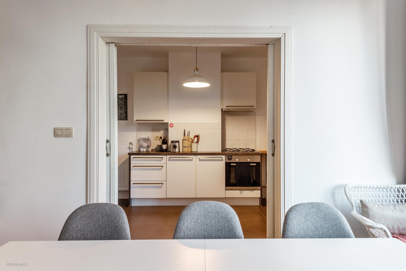 Zeer mooi appartement (75 m²) met één slaapkamer en terras te Berchem! afbeelding 4