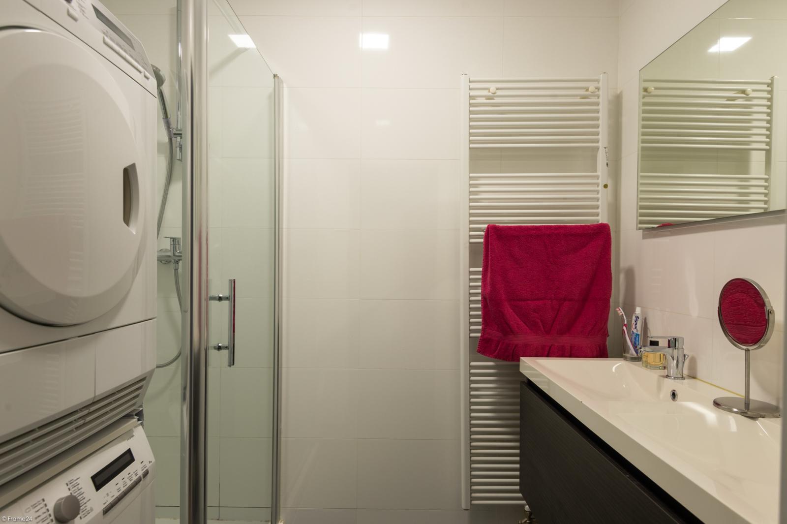 Modern en licht appartement met twee slaapkamers te Berchem! afbeelding 11