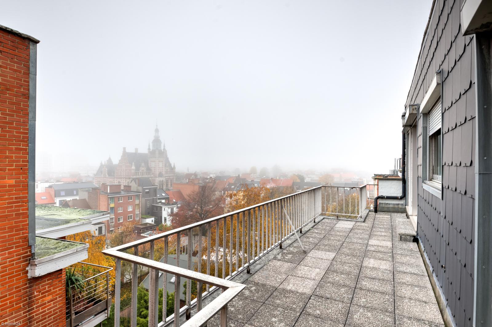 Zeer ruim appartement met uitzonderlijke terrassen en prachtig panorama over Antwerpen afbeelding 17
