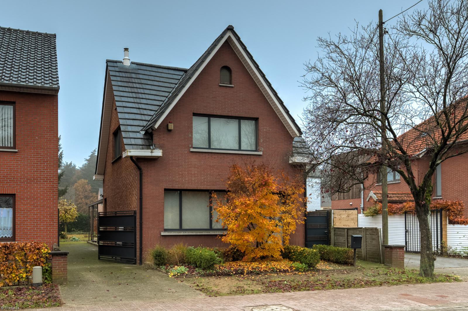 Charmante instapklare woning met ZW-gerichte tuin (493m²) te Zandhoven! afbeelding 1