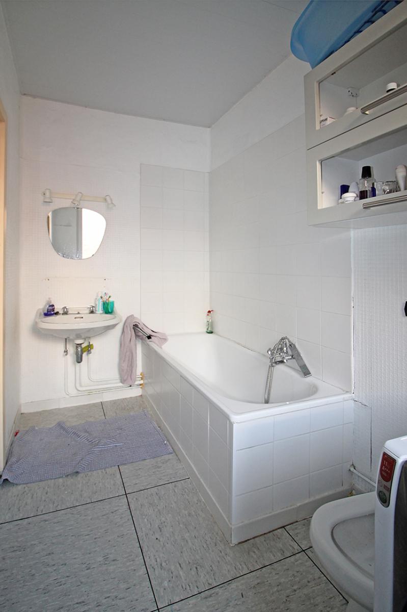 Groot magazijn (+/- 140 m²) + 2-slpk appartement (75 m²) te Borgerhout!  afbeelding 8