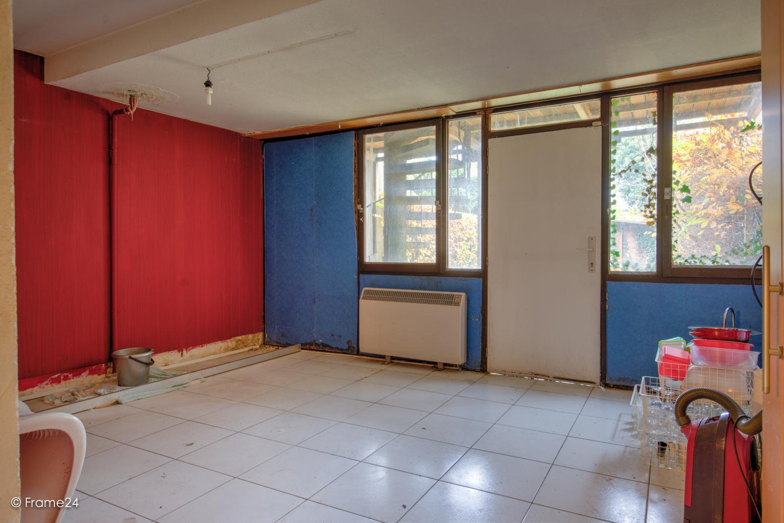Te renoveren woning met twee ruime slaapkamers op de grens van Deurne met Borsbeek! afbeelding 19