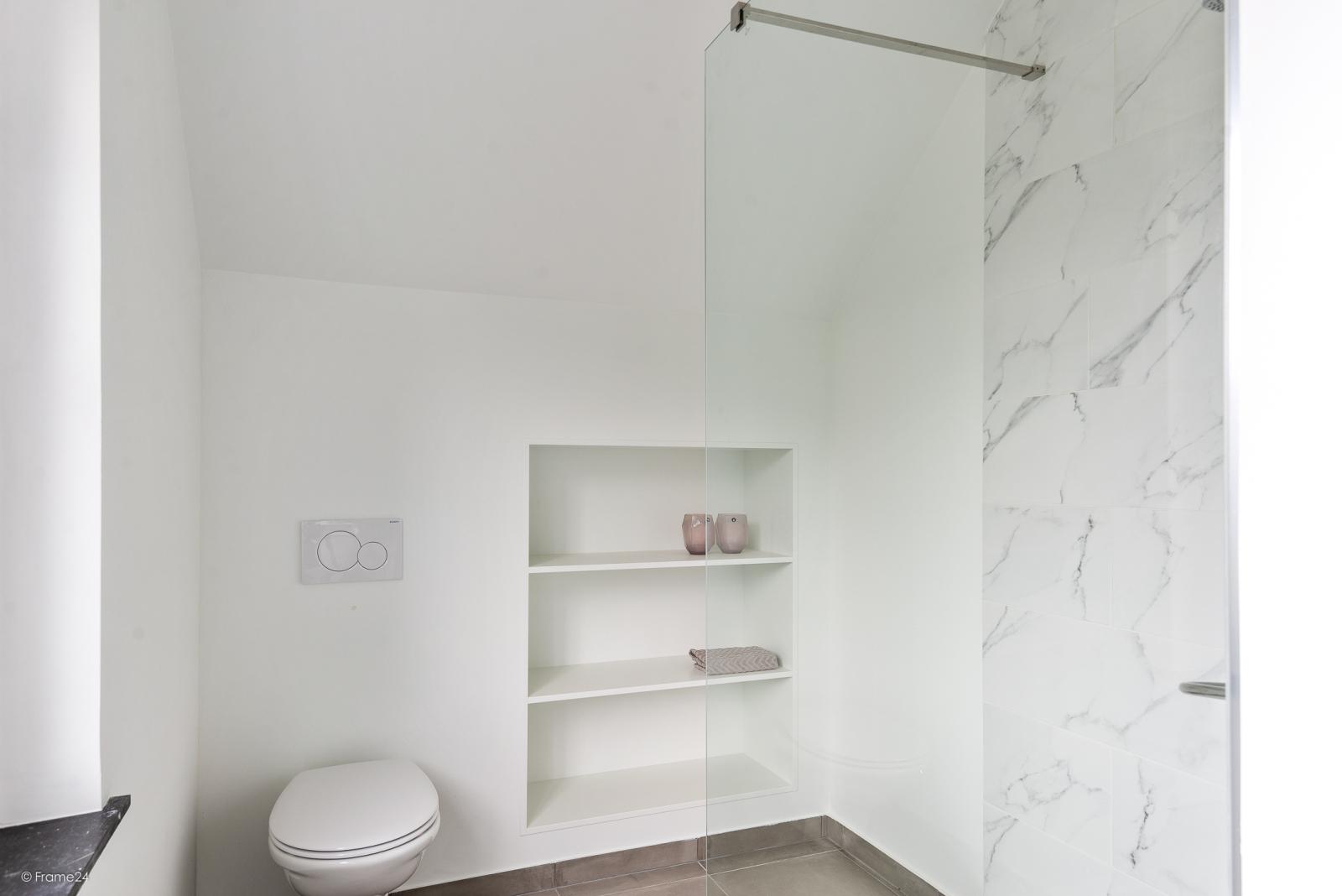 Volledig vernieuwde vrijstaande woning met drie slaapkamers op een hoekperceel van 776 m² te Schilde! afbeelding 18