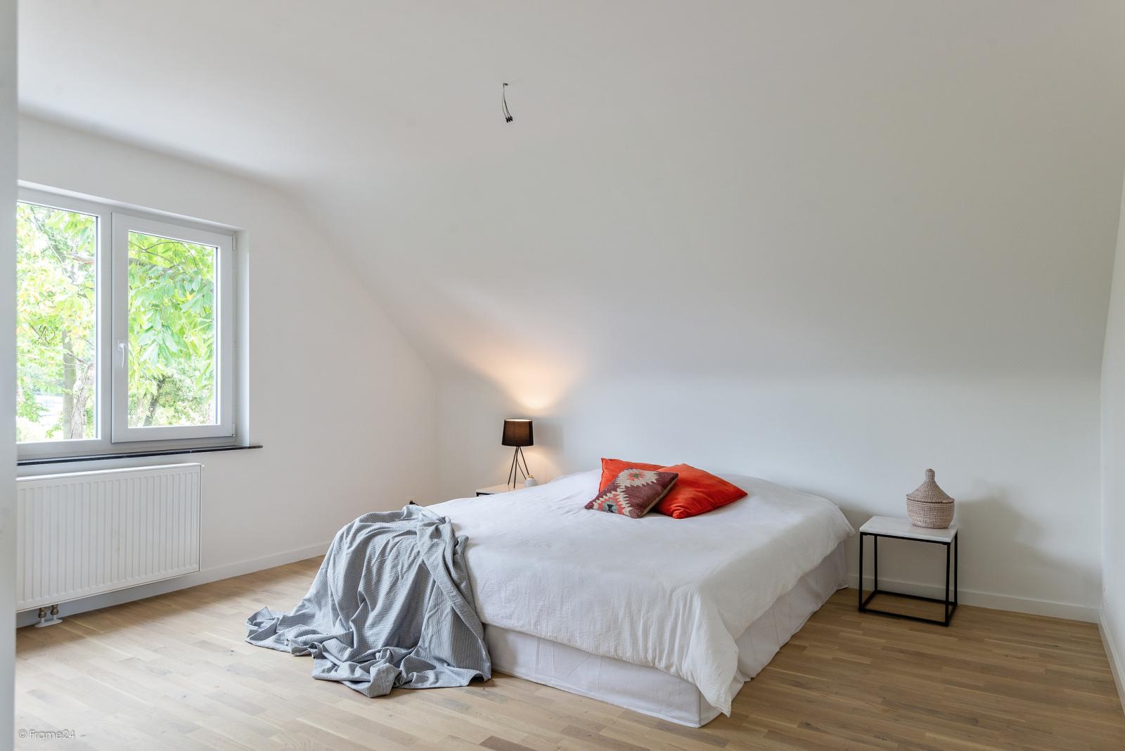 Volledig vernieuwde vrijstaande woning met drie slaapkamers op een hoekperceel van 776 m² te Schilde! afbeelding 13