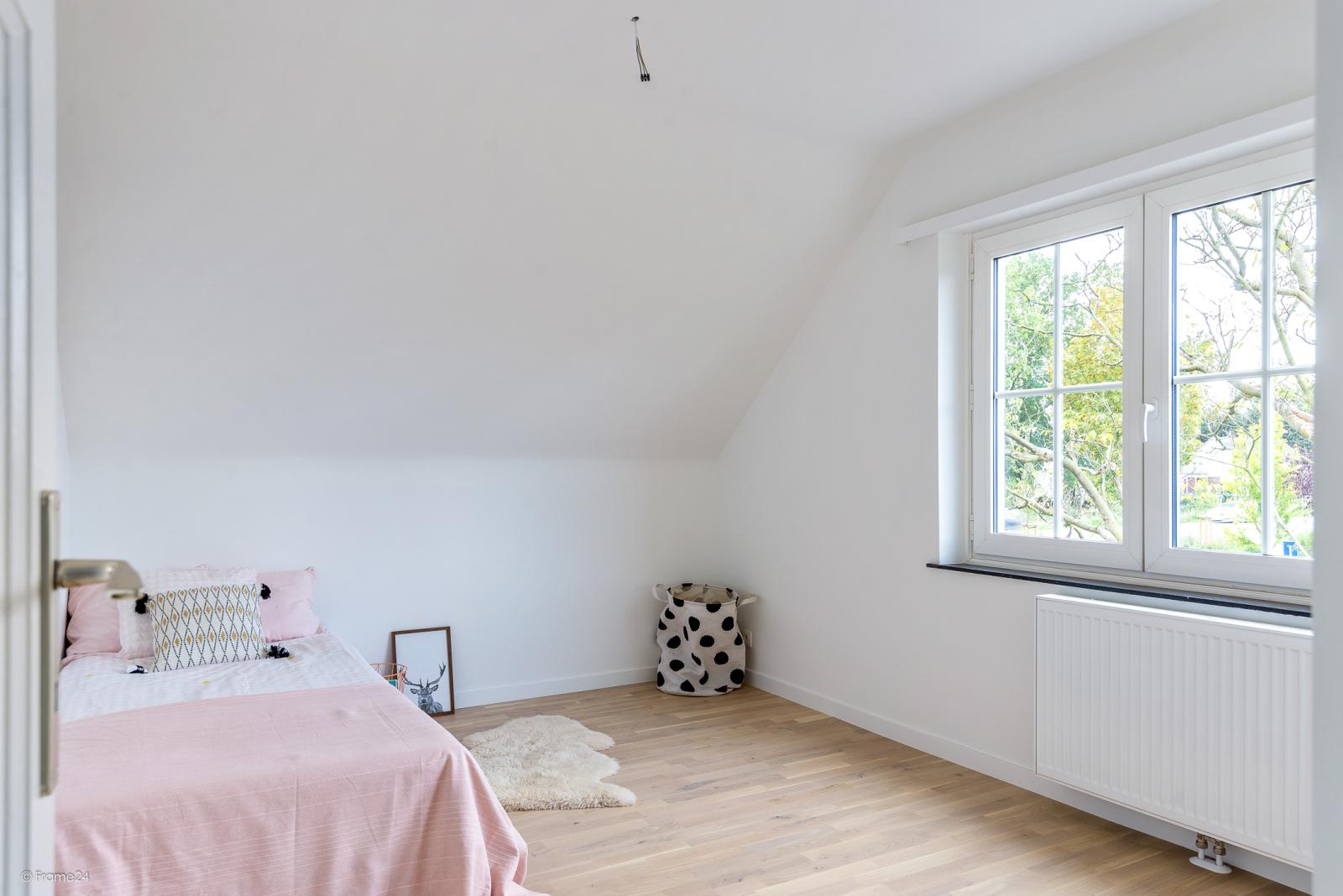 Volledig vernieuwde vrijstaande woning met drie slaapkamers op een hoekperceel van 776 m² te Schilde! afbeelding 15
