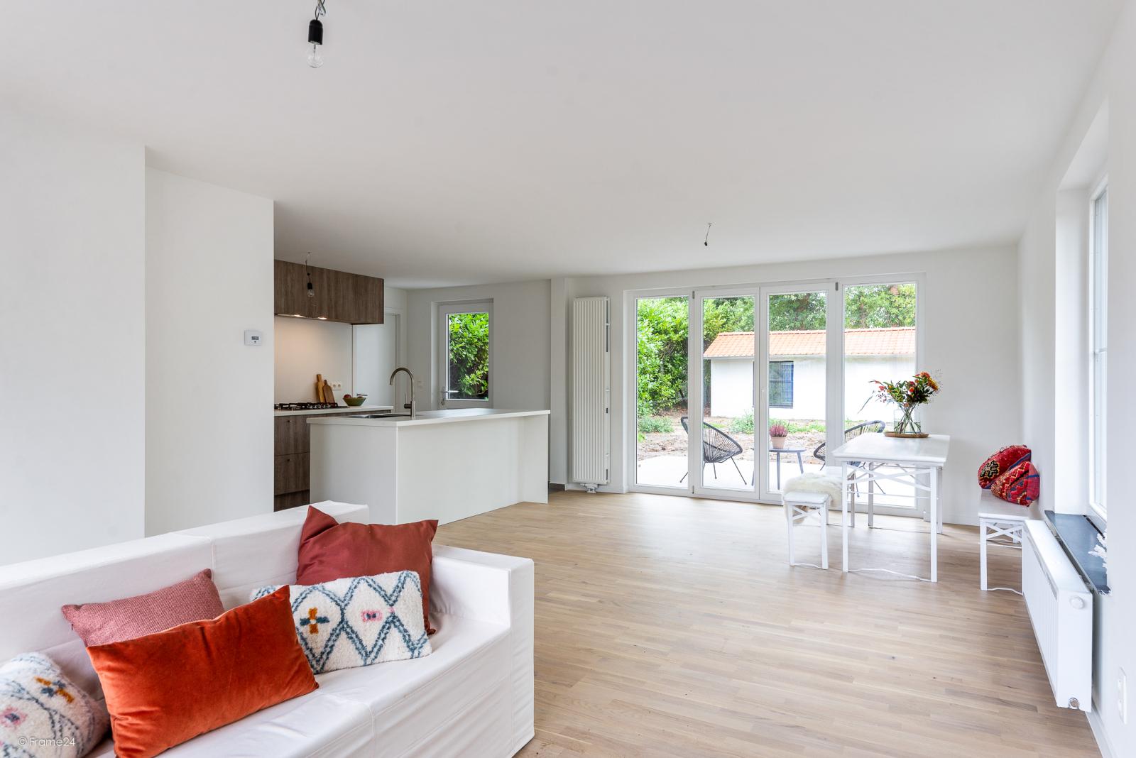 Volledig vernieuwde vrijstaande woning met drie slaapkamers op een hoekperceel van 776 m² te Schilde! afbeelding 5