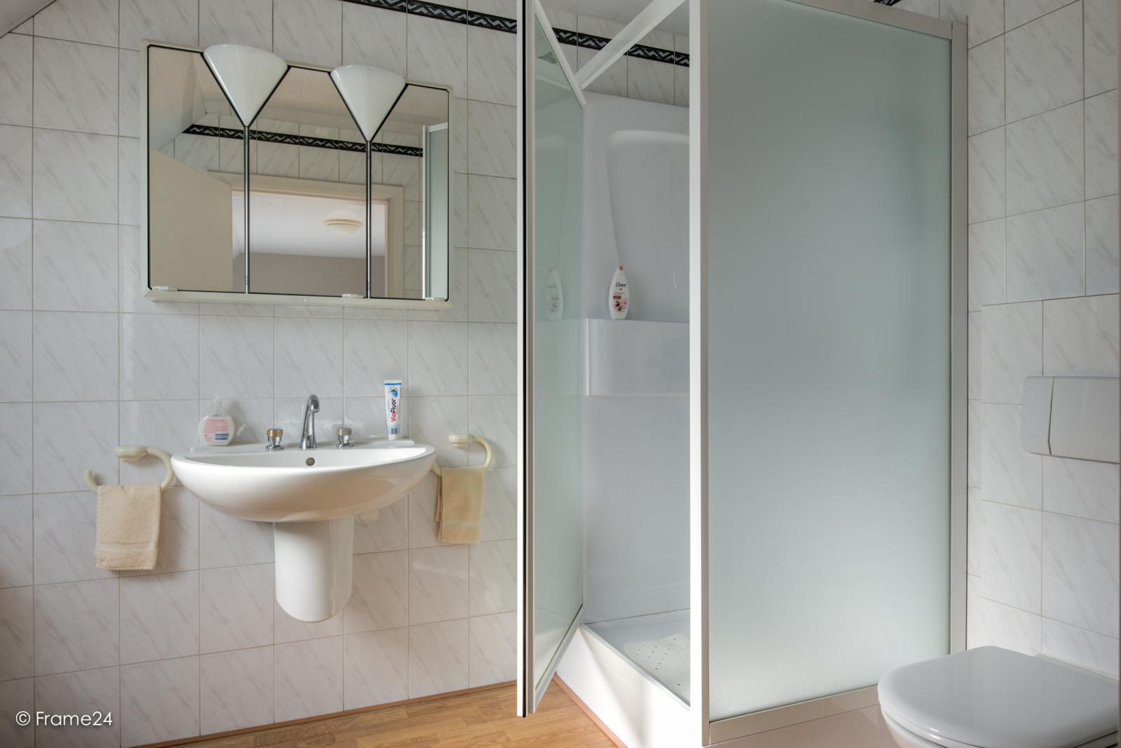Prachtig duplex-appartement met riant terras (56 m²) én garage(s) te Wommelgem!   afbeelding 16