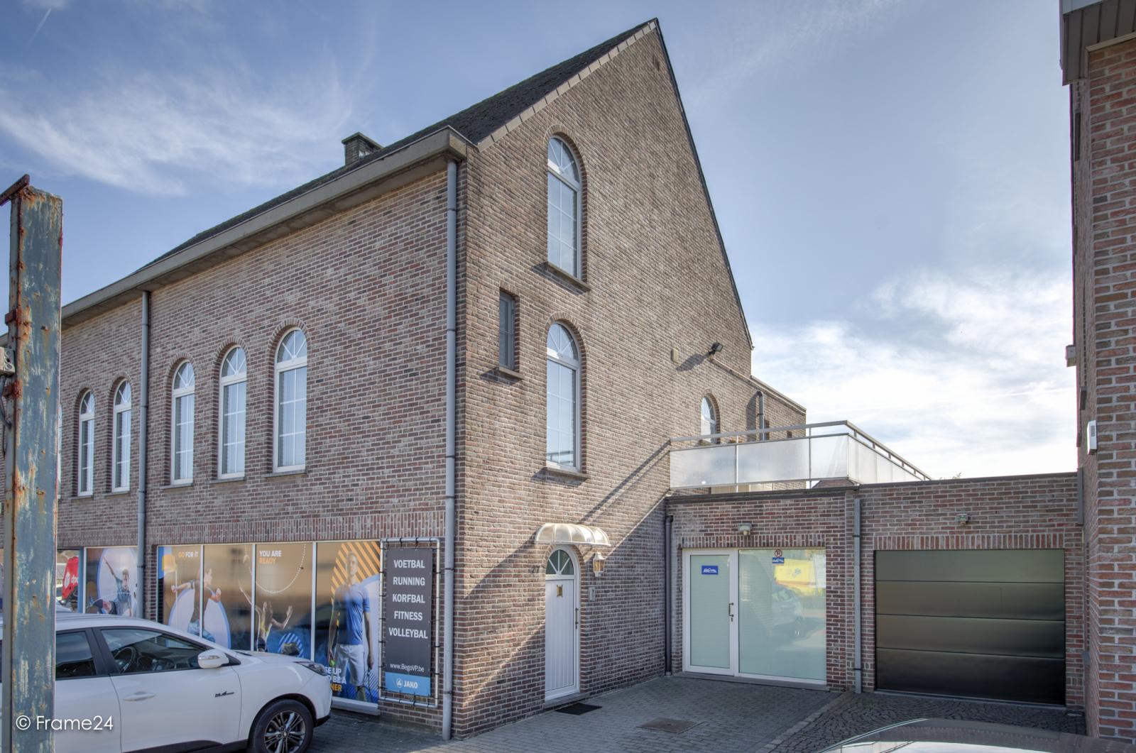 Prachtig duplex-appartement met riant terras (56 m²) én garage(s) te Wommelgem!   afbeelding 25