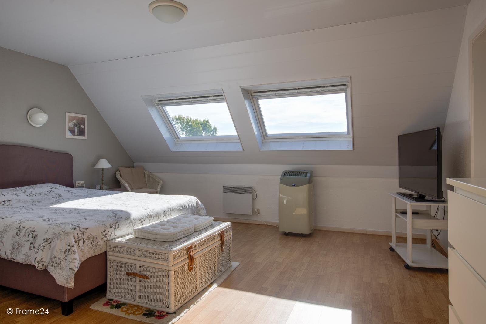 Prachtig duplex-appartement met riant terras (56 m²) én garage(s) te Wommelgem!   afbeelding 14