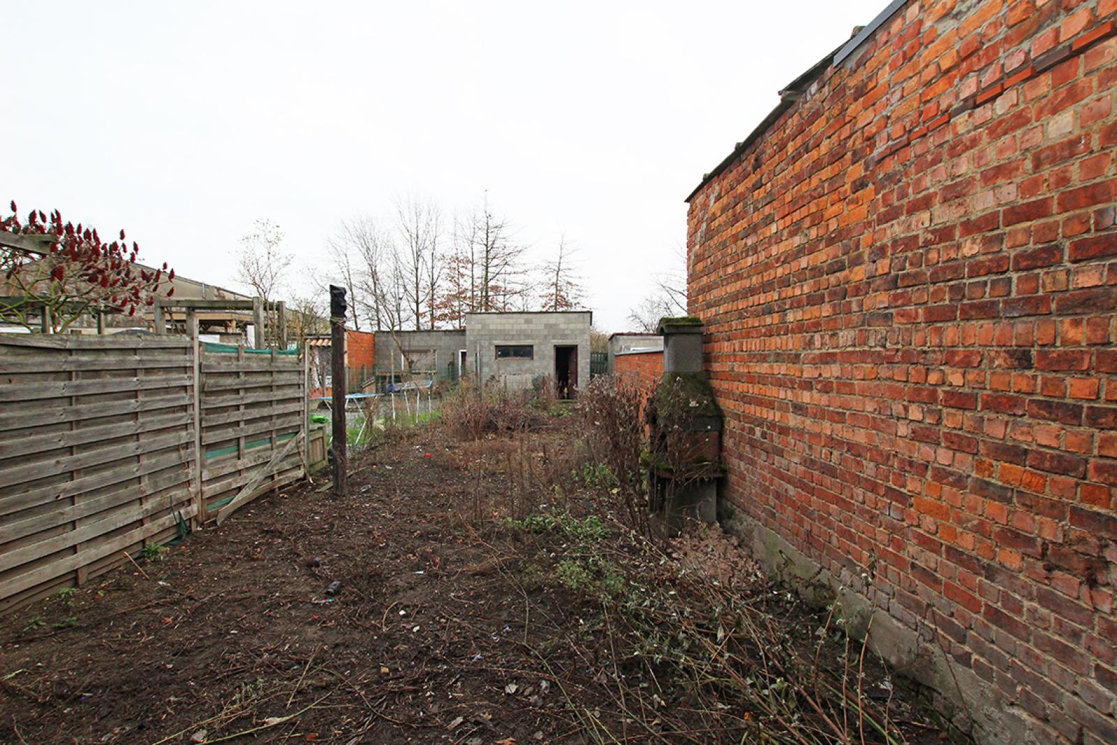 Volledig te renoveren of af te breken woning gelegen in een rustige, doodlopende straat te Rumst! afbeelding 10