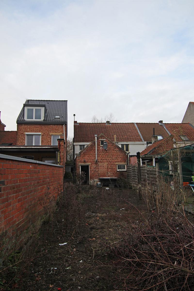 Volledig te renoveren of af te breken woning gelegen in een rustige, doodlopende straat te Rumst! afbeelding 14
