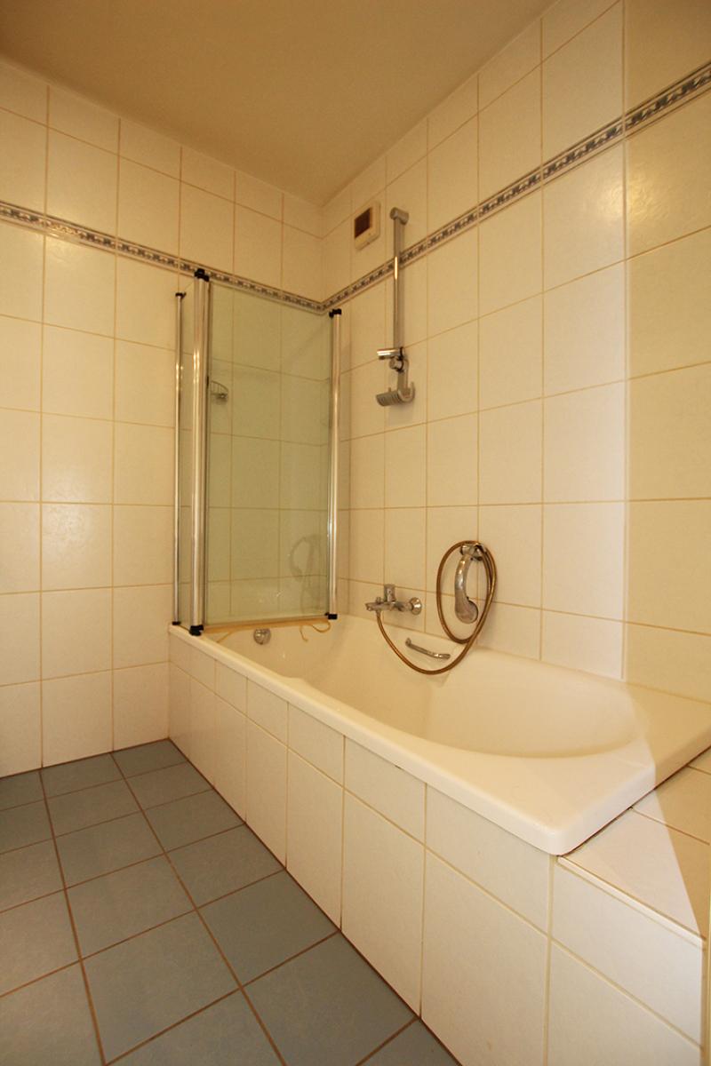 Zeer verzorgd 3-gevel appartement met twee slaapkamers en terras op goede locatie te Borsbeek! afbeelding 14