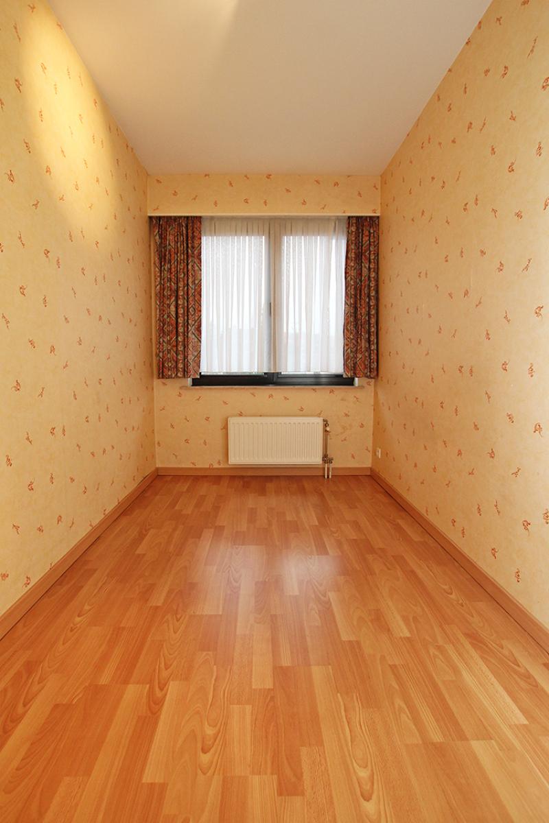 Zeer verzorgd 3-gevel appartement met twee slaapkamers en terras op goede locatie te Borsbeek! afbeelding 12