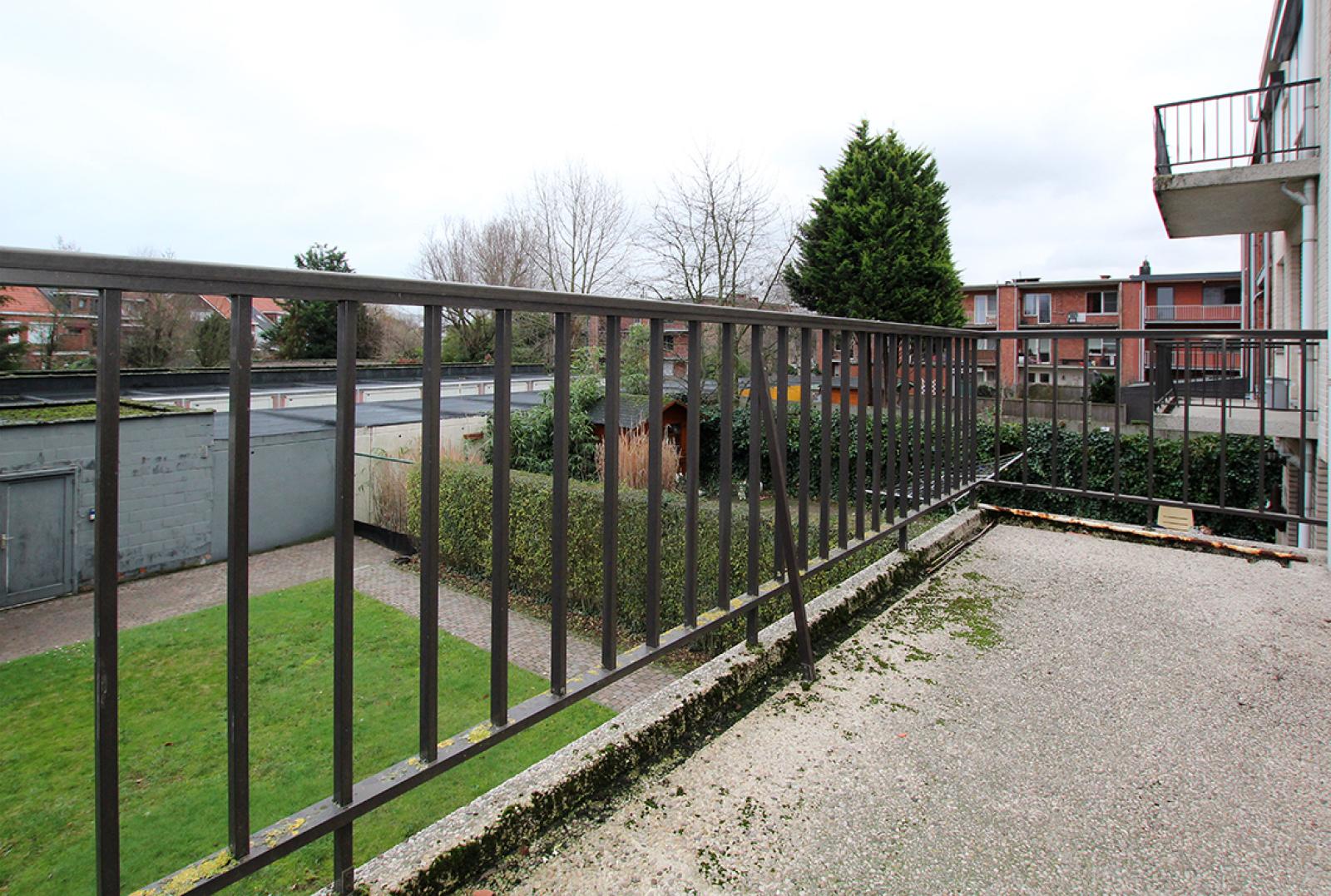 Zeer verzorgd 3-gevel appartement met twee slaapkamers en terras op goede locatie te Borsbeek! afbeelding 16