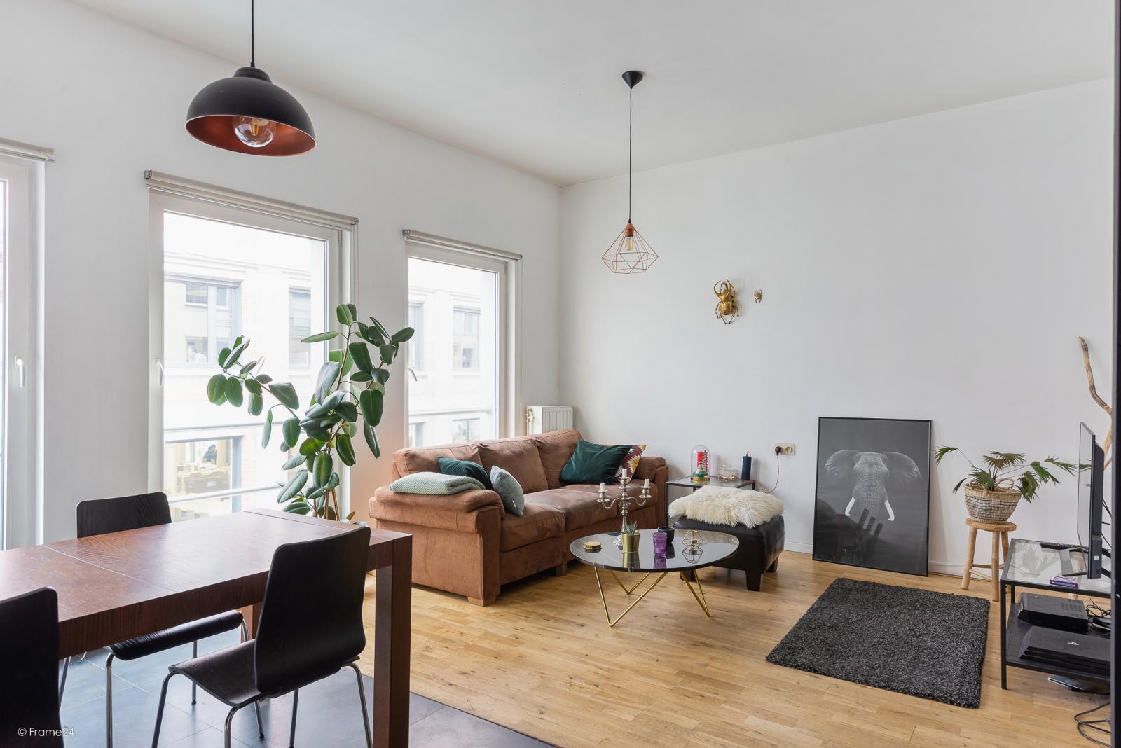 Hedendaags appartement met 1 slaapkamer op wandelafstand van het Zuid! afbeelding 2