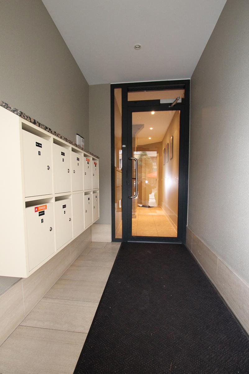 Op te frissen appartement met twee slaapkamers en lift nabij het Te Boelaerpark te Deurne! afbeelding 7