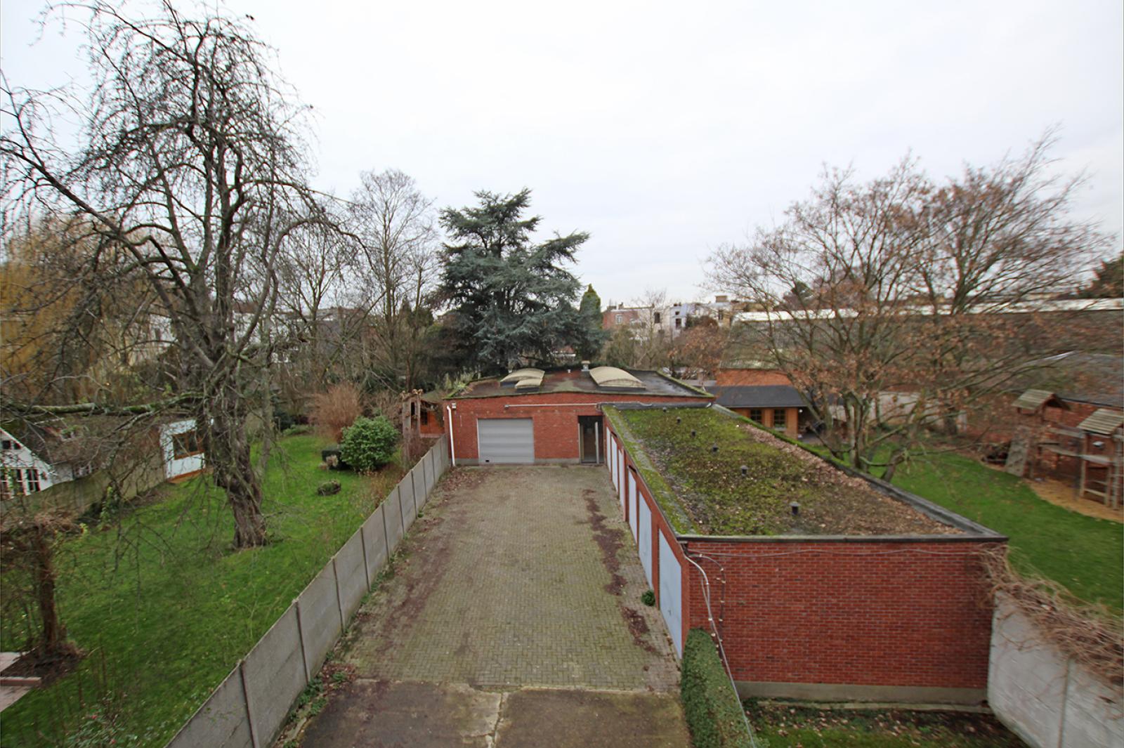 Op te frissen appartement met twee slaapkamers en lift nabij het Te Boelaerpark te Deurne! afbeelding 8