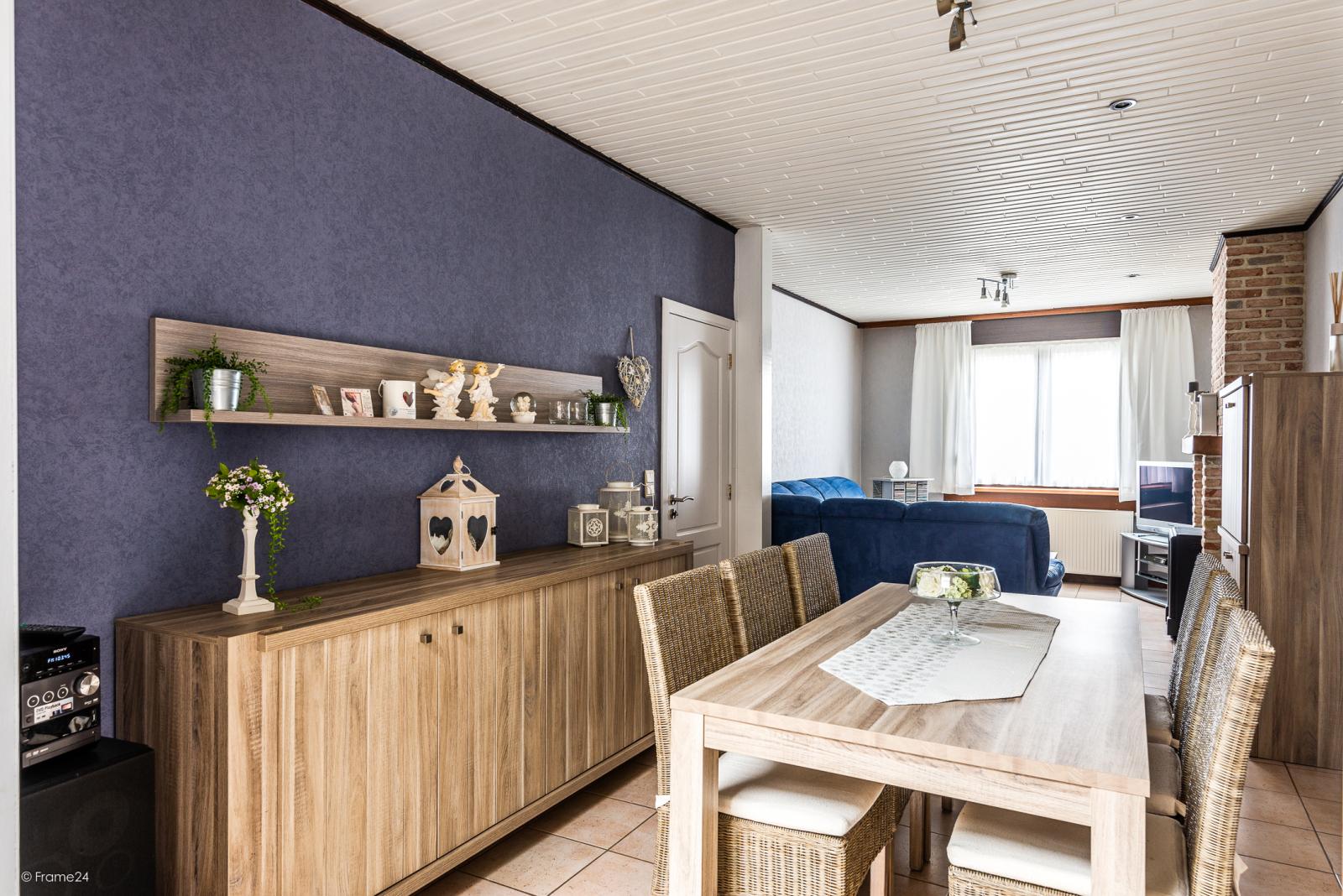 Ruime, instapklare ééngezinswoning met 4 grote slaapkamers nabij het centrum van Wommelgem! afbeelding 3