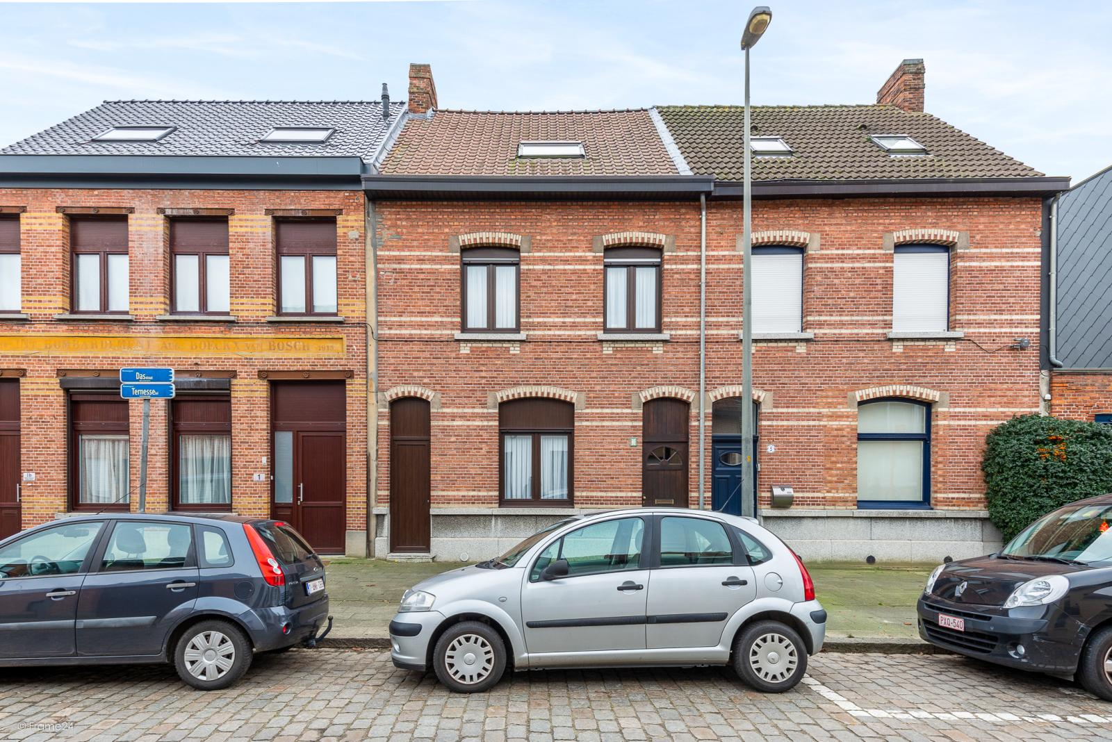 Ruime, instapklare ééngezinswoning met 4 grote slaapkamers nabij het centrum van Wommelgem! afbeelding 25