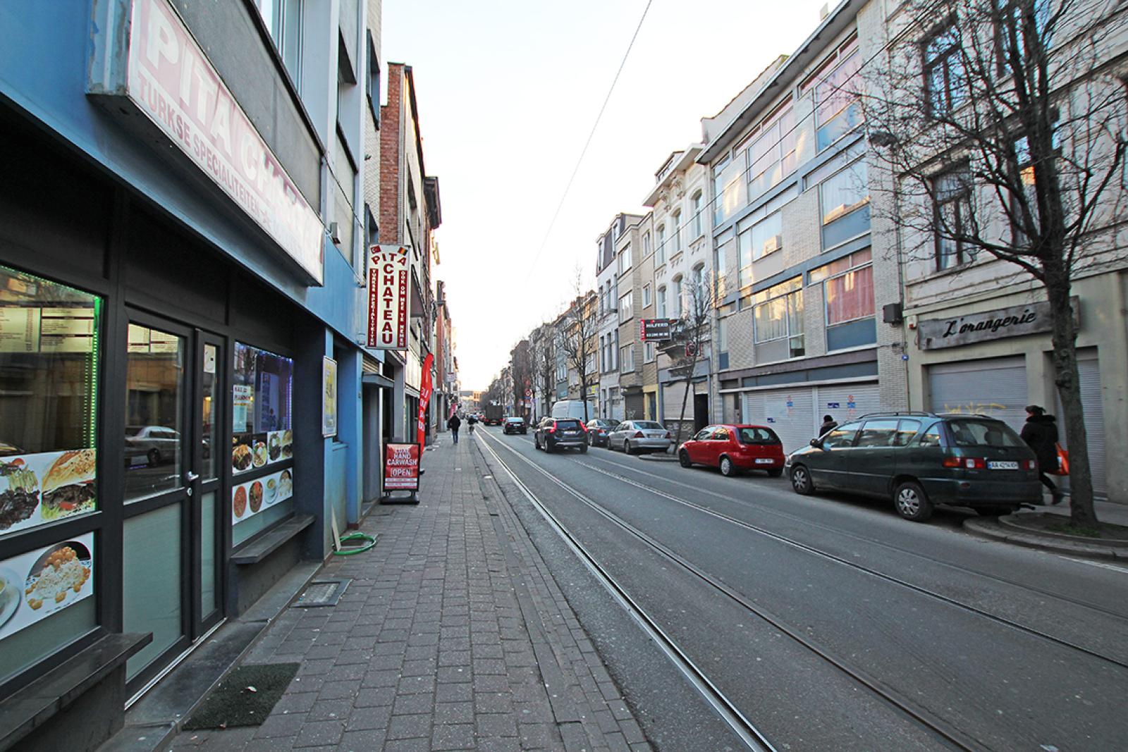 Opbrengsteigendom op gunstige locatie in het centrum van Antwerpen! afbeelding 2