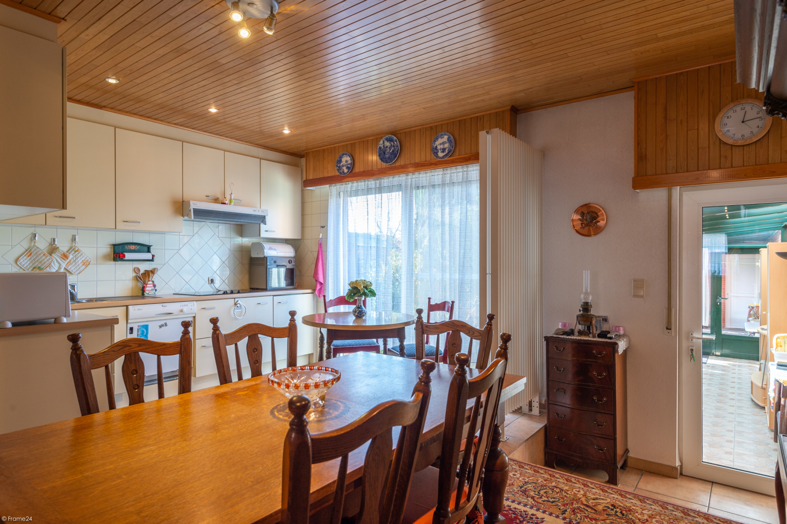 Zeer verzorgde ruime ééngezinswoning met 3 slaapkamers en dubbele garage te Wijnegem! afbeelding 3
