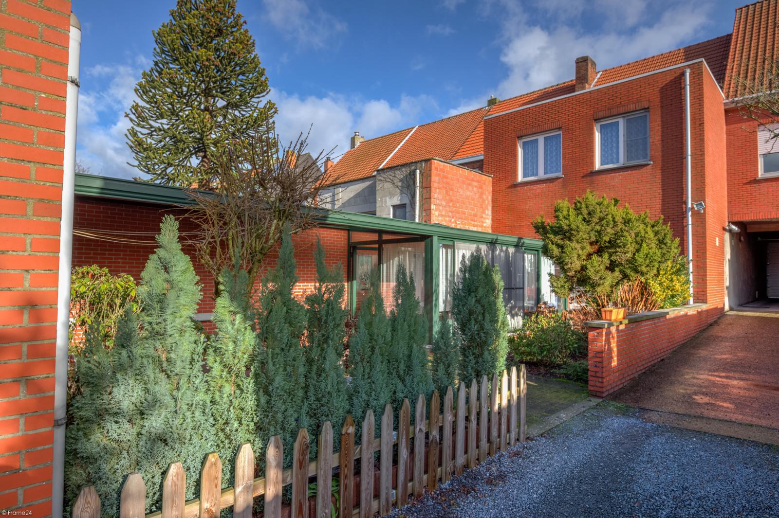 Zeer verzorgde ruime ééngezinswoning met 3 slaapkamers en dubbele garage te Wijnegem! afbeelding 25